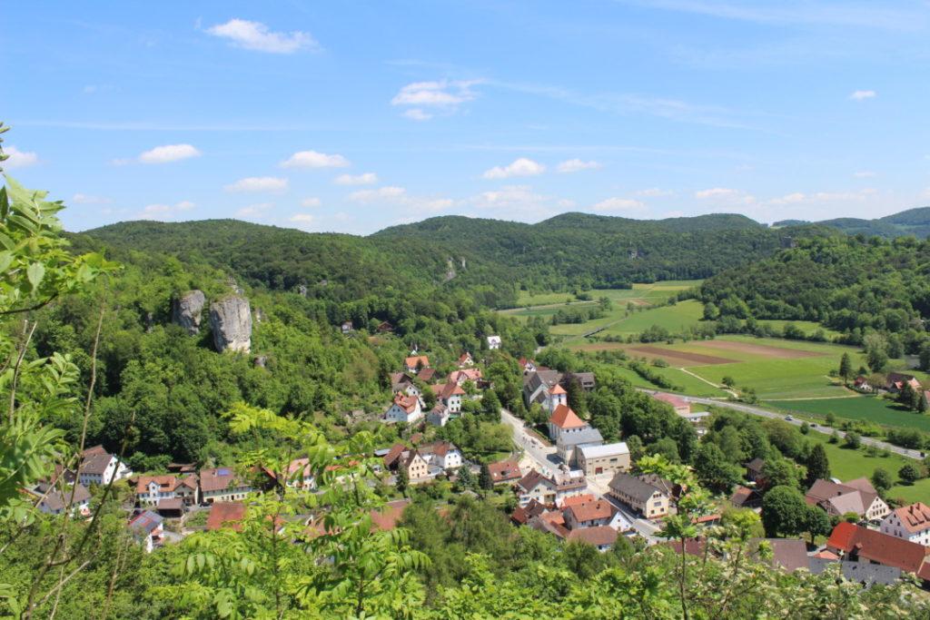 Wanderung-zur-Binghöhle-Fränkische-Schweiz- (10)