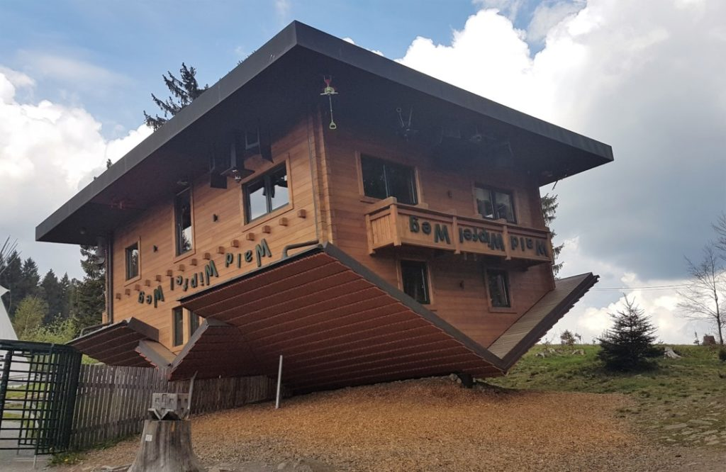 Bayerischer Wald - Wald Wipfel Weg - Haus am Kopf (1)