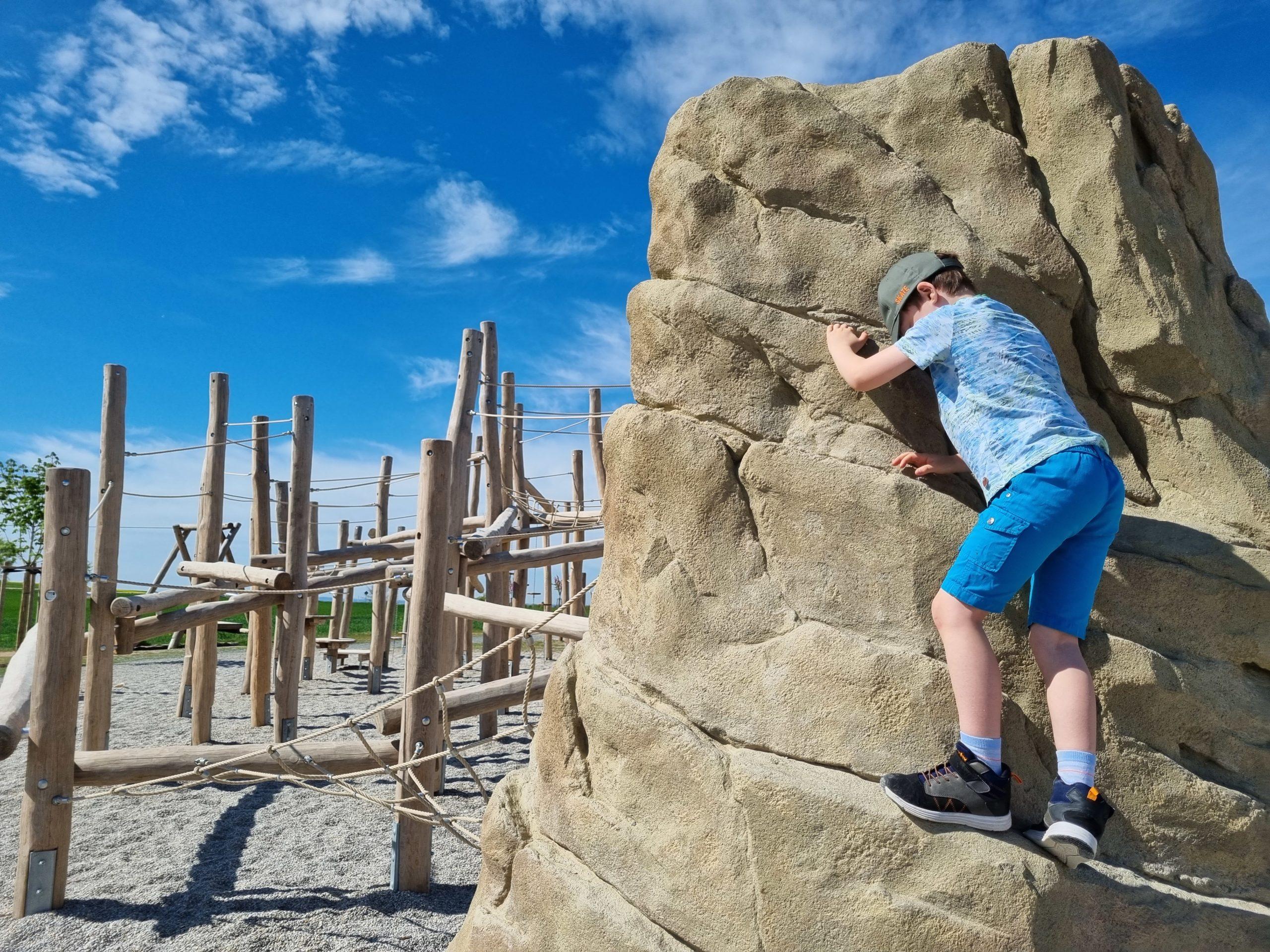 Spielplatz Pumptrack Und Bewegungspark In Kalchreuth Kinderorte Franken